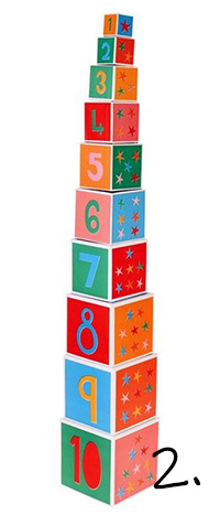 Kolorowa piramidka - zabawka na roczek